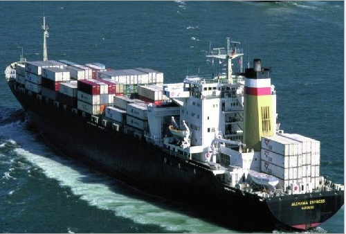 实木的酒柜海运澳洲 私人旧家具运输 搬家移民