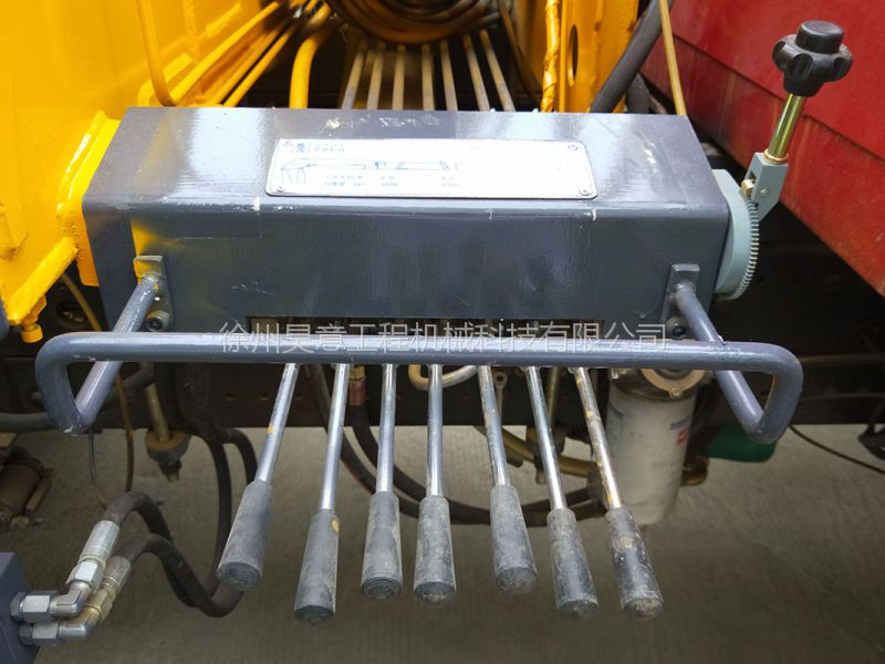 小型抓木机3吨林业起重机 液压抓木起重机折臂式图片