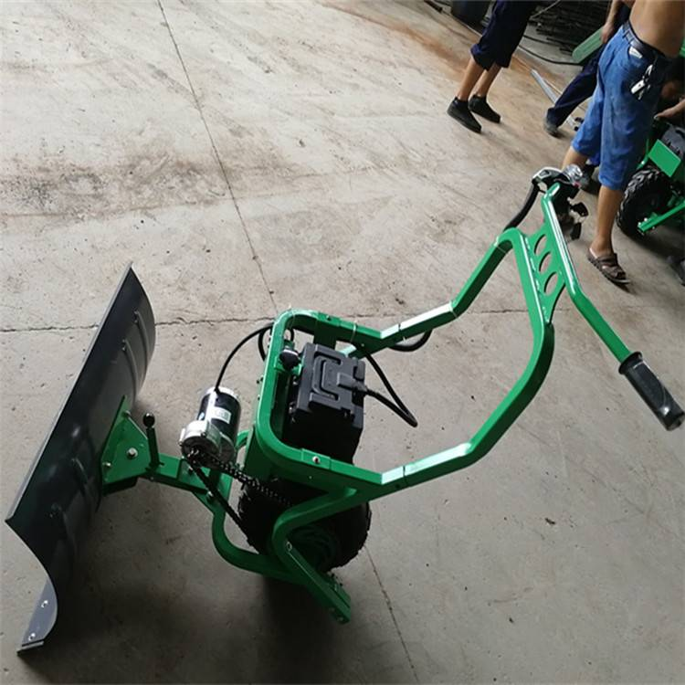 天德立CXJ-75轮式充电铲雪机 养殖场推粪推饲料机 手推垃圾清理机