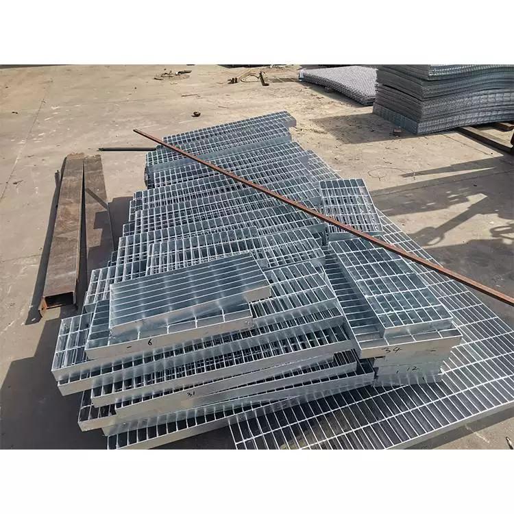 钢梯踏步板 小区踏步板 优质钢格板质量好