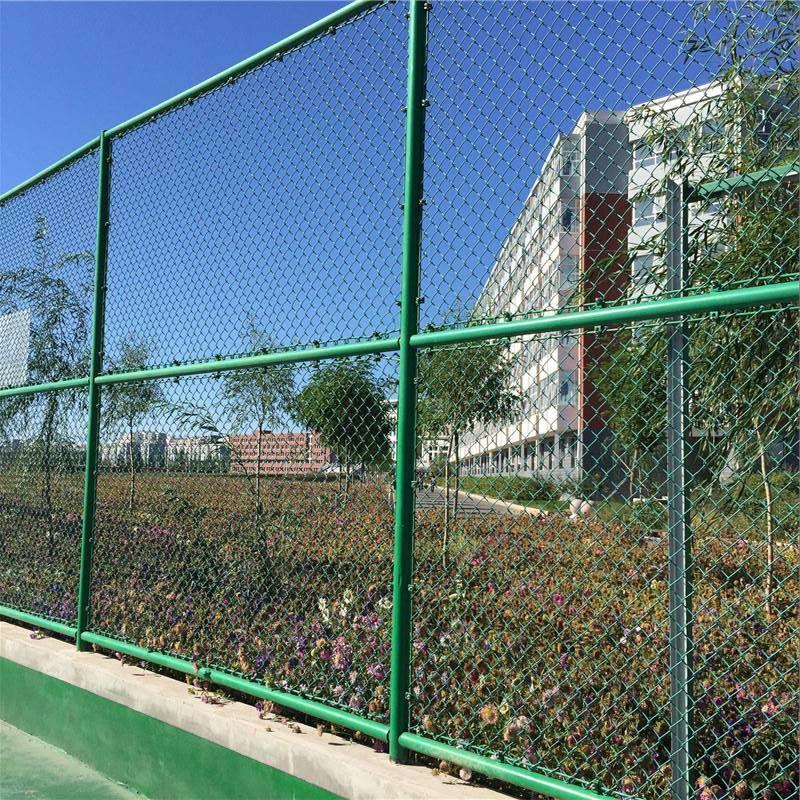 体育场围网安装 网球场围网施工 球场隔离栅