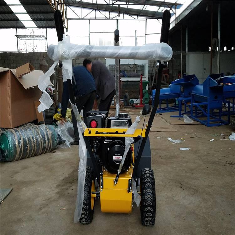 宽度达一米的扫雪机 尼龙钢丝混合扫雪机润众