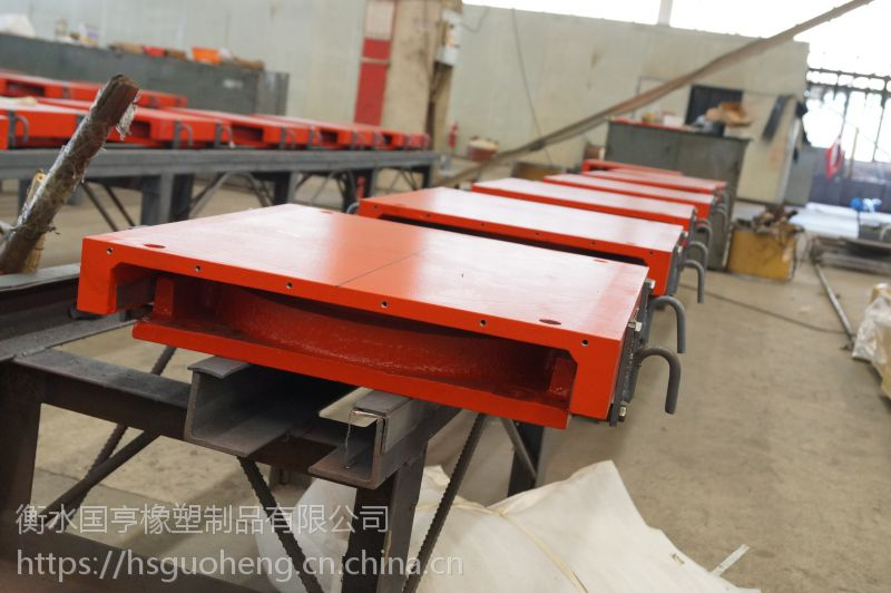 GPZⅡ盆式橡胶支座的安装