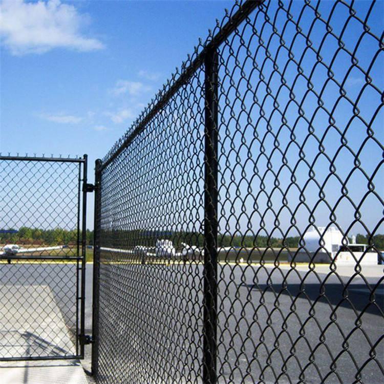 勾花网护栏网 球场围网 编织场地防护网