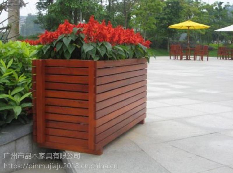 供应进口山樟木花箱:防腐木花箱: