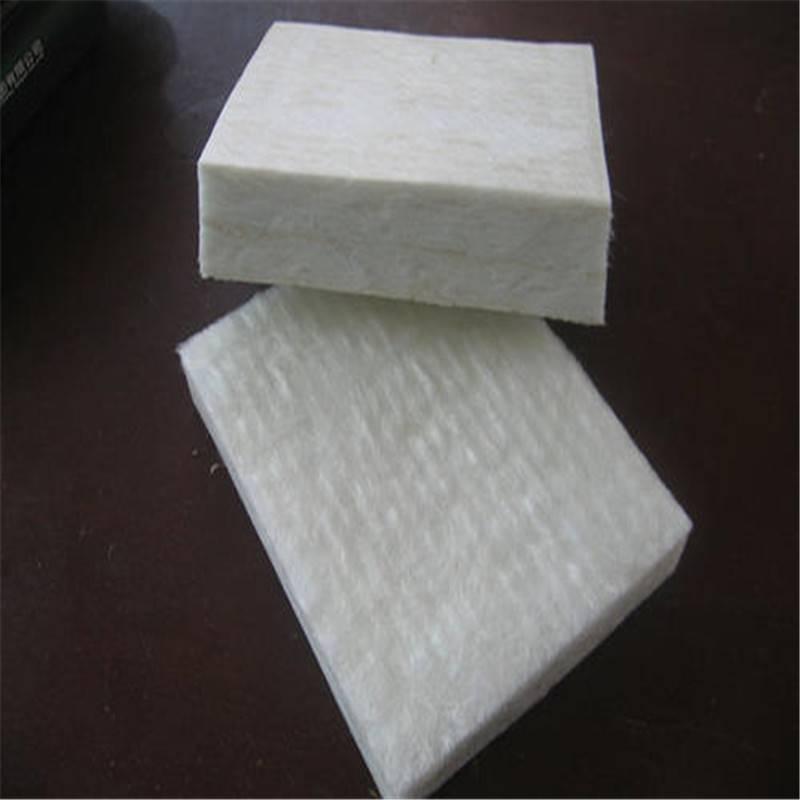 量大价优红色玻璃棉 3公分玻璃棉保温板厂家