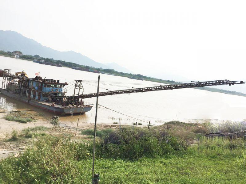 广州利昌泰出售内河载驳船38米桥长钩机船