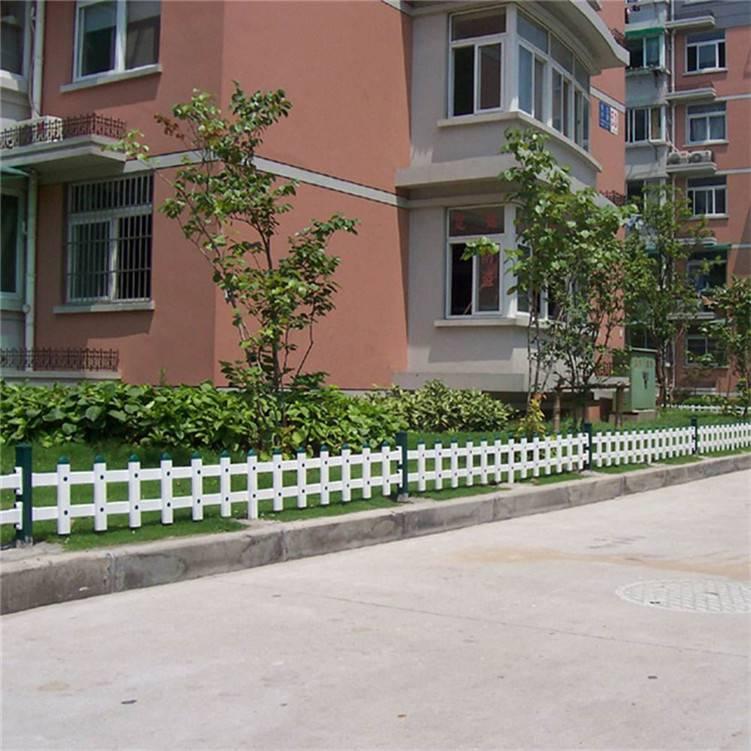 新农村草坪护栏 社区塑钢隔离栏杆 游乐场隔离小护栏