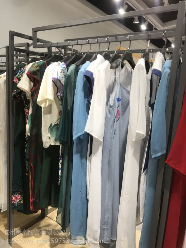 杭州四季青服装市场马克蕾蕾品牌折扣女装国内一线高档女装品牌