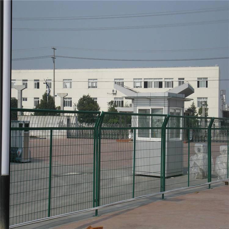 双边丝围栏 开发区围界 道路隔离网