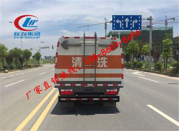 四川省扫路车,河南哪里有卖东风扫路车价格