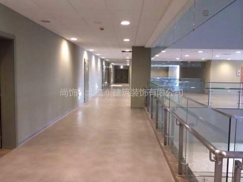 供应医疗洁净室耐酸碱pvc地板同质透心地板
