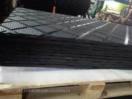 防滑耐磨畜牧橡胶垫,猪舍、猪产床,牛舍等用橡胶垫,厂家直销,免费取样