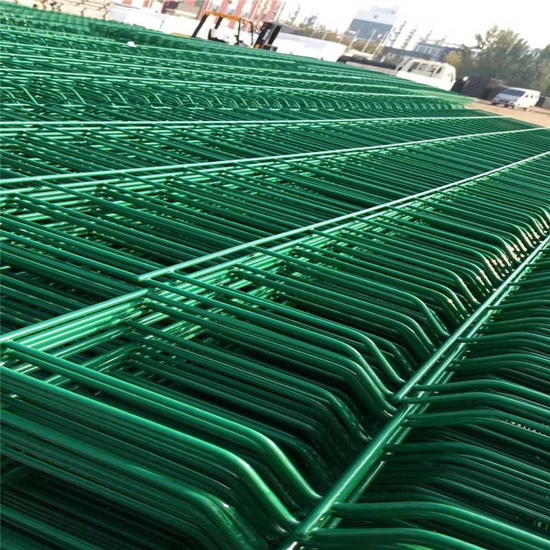 市政隔离网 工厂围栏网 钢板护栏网
