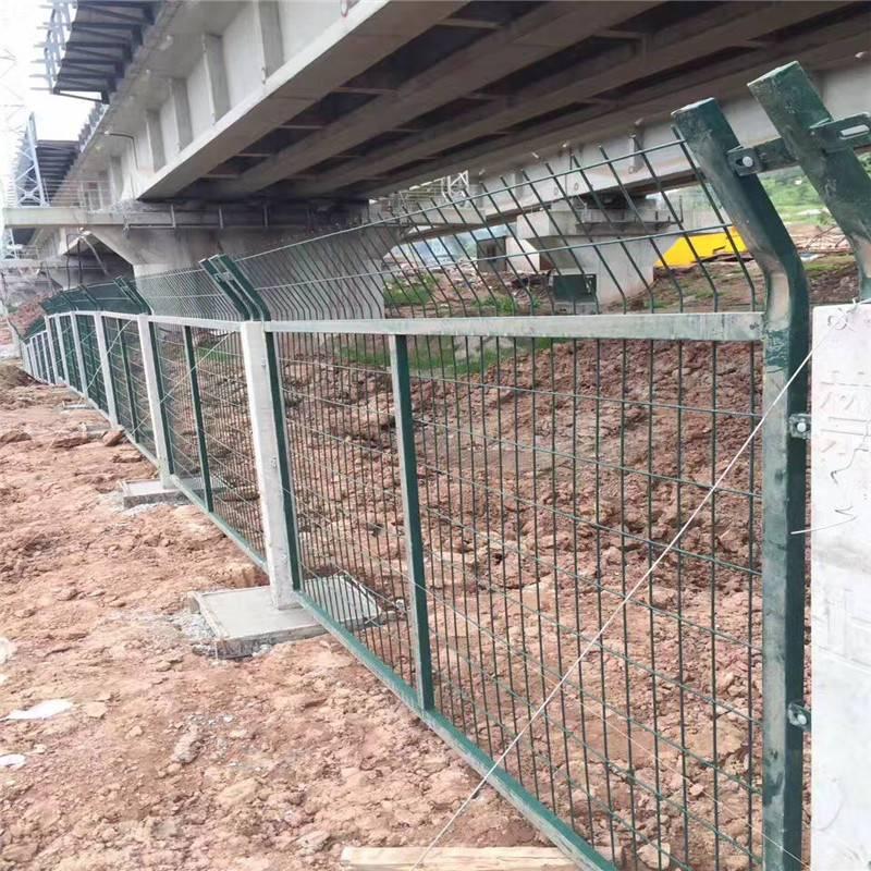 临时施工围栏 小区围栏报价 设备防护网
