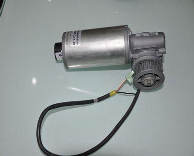 吉隆自动感应玻璃门销售,电动平移门供应商18027235186
