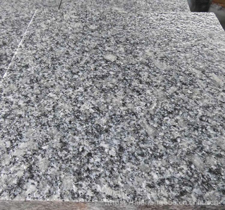 芝麻灰大花石材 天然花岗岩板材 工程板材 广场地铺石材专用 珍珠灰火烧成品
