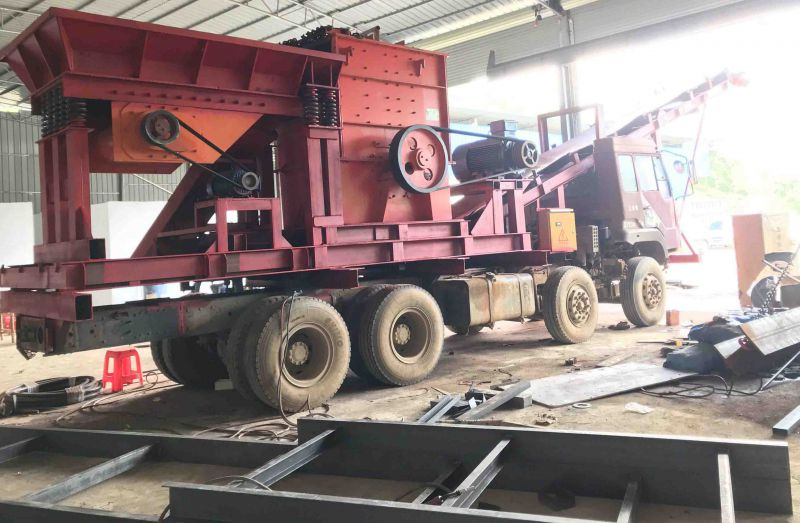广西南宁柳州桂林移动破碎机组装/加工视频