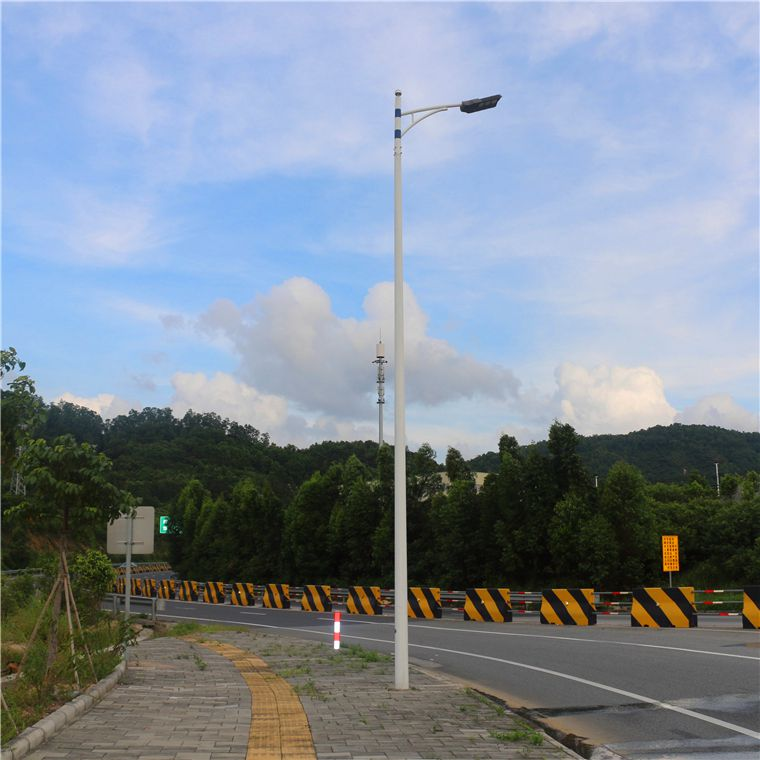 深圳厂家直销 6米40W单杆双臂 LED道路灯 路灯灯杆