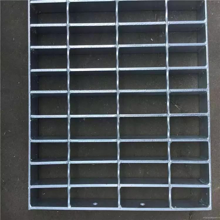 楼梯踏步板生产 插接踏步板厂家 钢格板图集