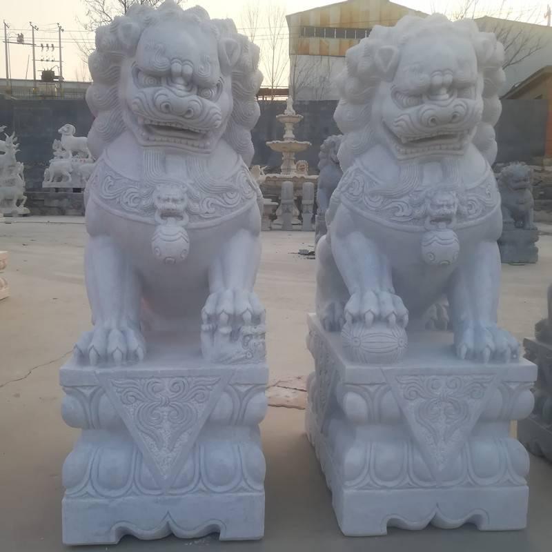 石雕狮子汉白玉含珠传统石狮子摆件一对大理石看门镇宅家用小狮子曲阳万洋雕刻厂家现货加定做