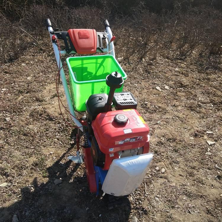 畅销小型开沟起垄机农田施肥播种机汽油链轨耘播机