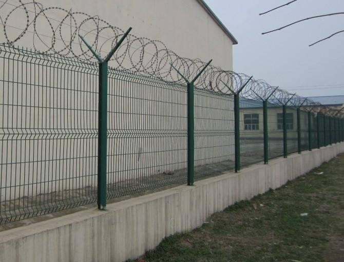 河源围墙院围栏网厂 中山港口隔离栏报价 江门保税区防护栏