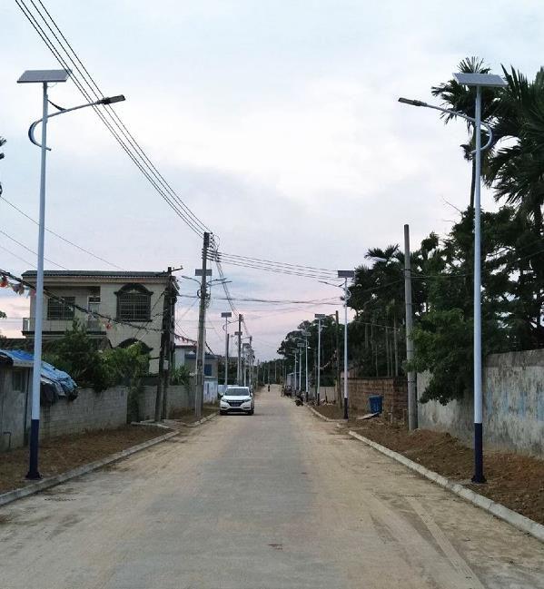 西宁湟中县太阳能路灯6米价格只需要998
