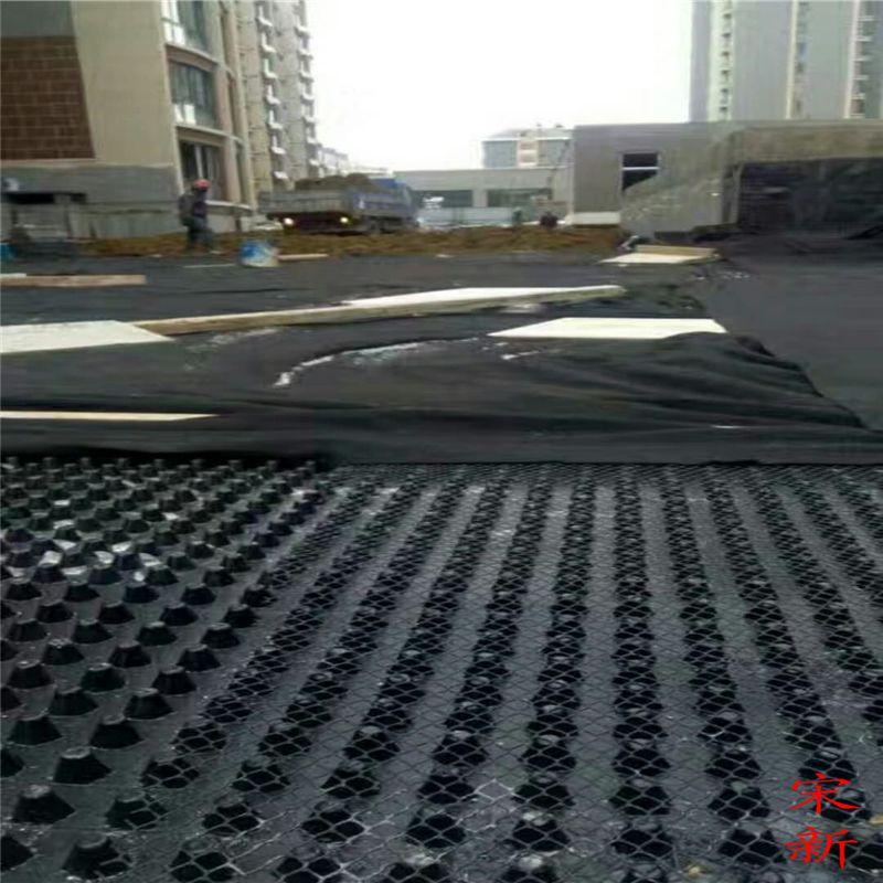 楼顶绿化塑料排水板的铺设流程