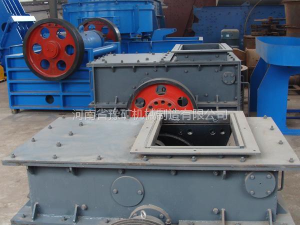 郑州环锤式碎石机,河卵石破碎机,豫矿煤炭粉碎机型号规格