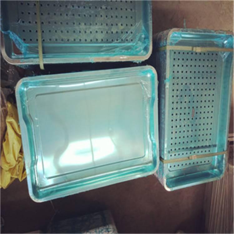 倾力打造质量好的方形签字馒头不锈钢蒸盘 辽宁一次性冲压成型40*60无孔米饭蒸盘使用保养方法乐旺供