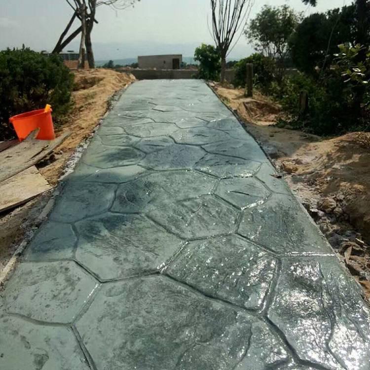 黑龙江压模地坪室外装饰路面