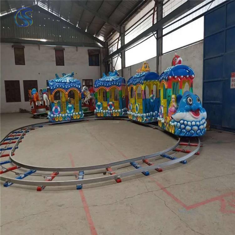 小型游乐设备价格小火车小投资高收益的儿童游乐设备