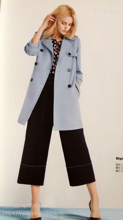 真情告白女装多种款式韩版尾货服装批发杭州品牌折扣女装加盟