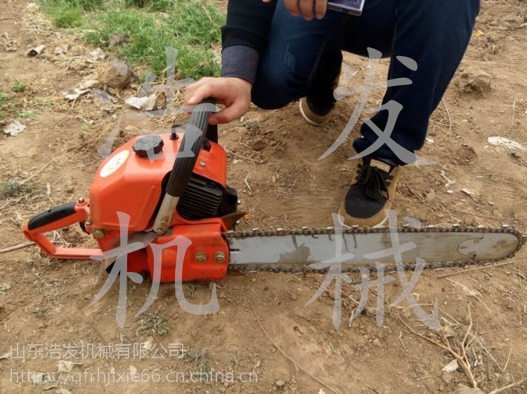告别远古时期挖树机 浩发带挡土板链条起树机