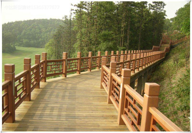 梁山厂家直销低价耐用水泥仿树桩栏杆 仿木护栏 园林混凝土仿石栏杆