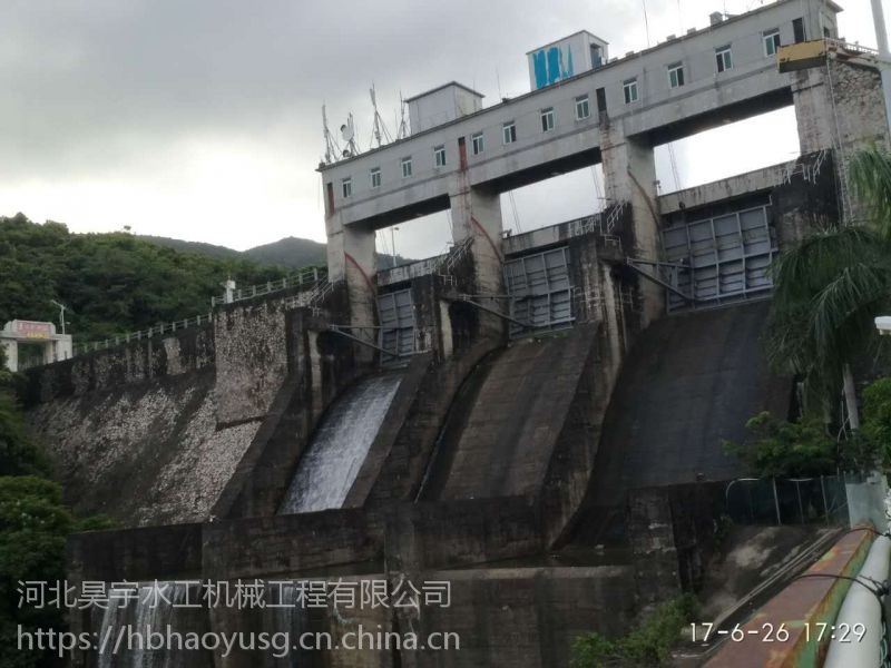河北省昊宇水工潜孔式弧形闸门适用于泄水建筑物价格合理