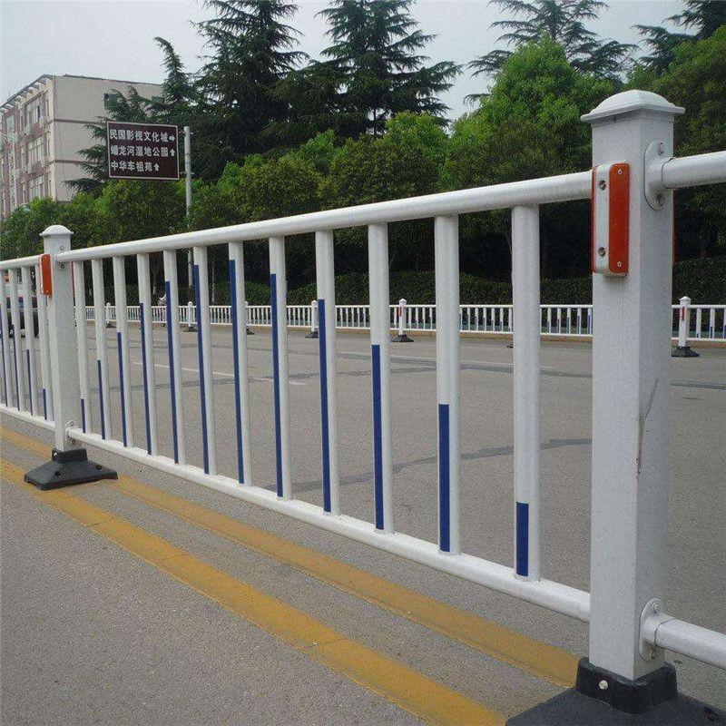 【道路护栏】喷塑锌钢道路护栏@聚光厂家供应