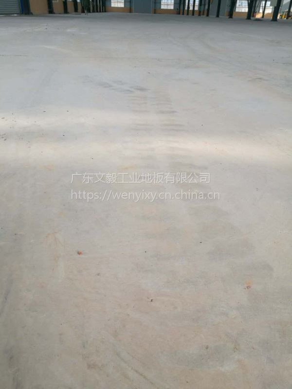 惠州小金口、三栋工厂水泥地翻新、水泥地起灰处理、混凝土地坪固化抛光