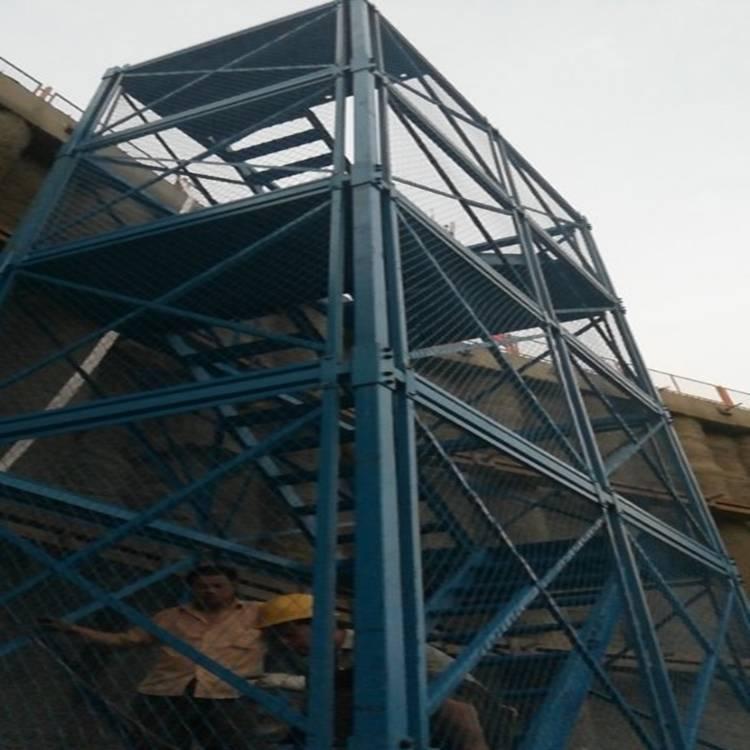 供应立交桥烟囱工程安全爬梯拆装快捷通达厂家定制
