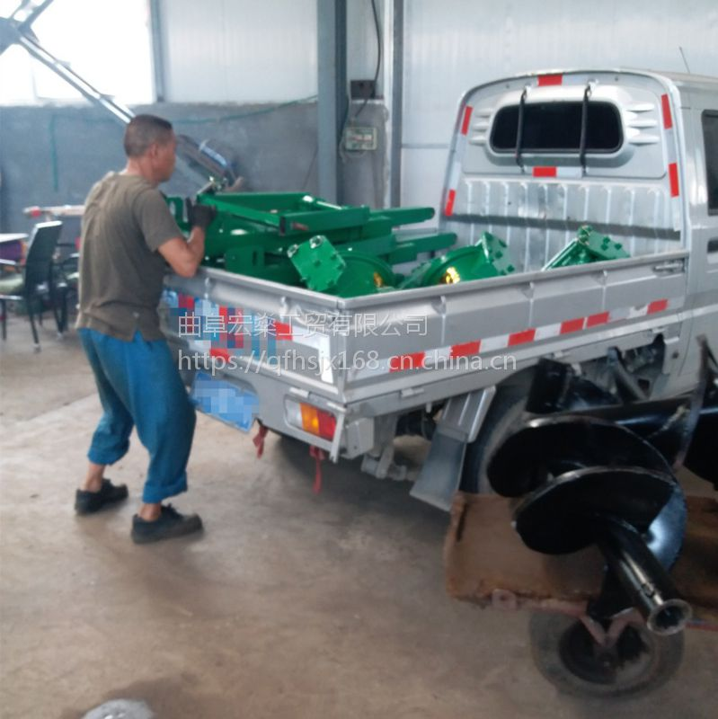 四轮拖拉机钻坑机 挖坑效果好 价格低廉打坑机