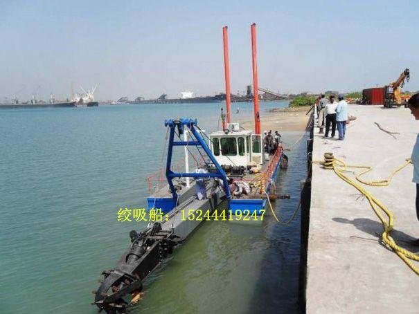 河南水库绞式清淤船挖深可以到十五米