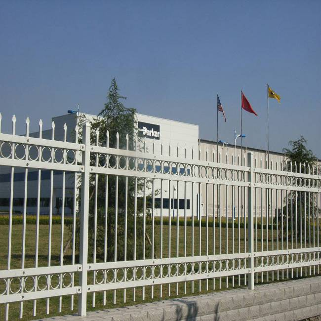 小区欧式围墙栅栏定做 广州锌钢护栏系列加工 广东珠三角铁艺护栏价格