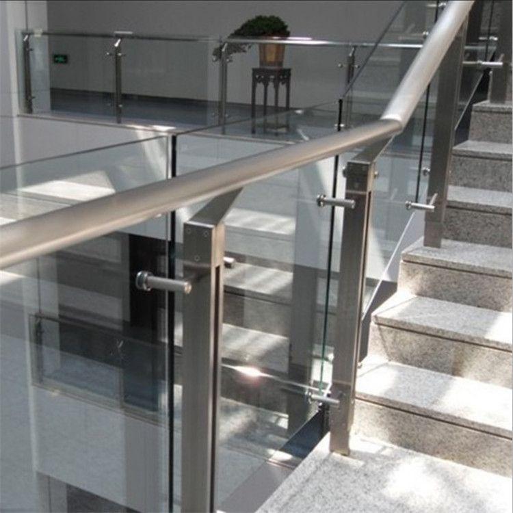 金聚进 承接各种室内玻璃栏杆 超市玻璃栏杆CJH32 不锈钢护栏定制