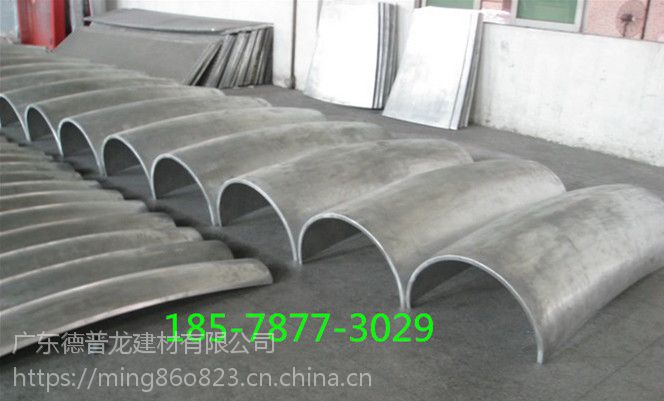 包柱铝单板、仿木纹包柱铝板、冲孔雕花包柱铝板价格。