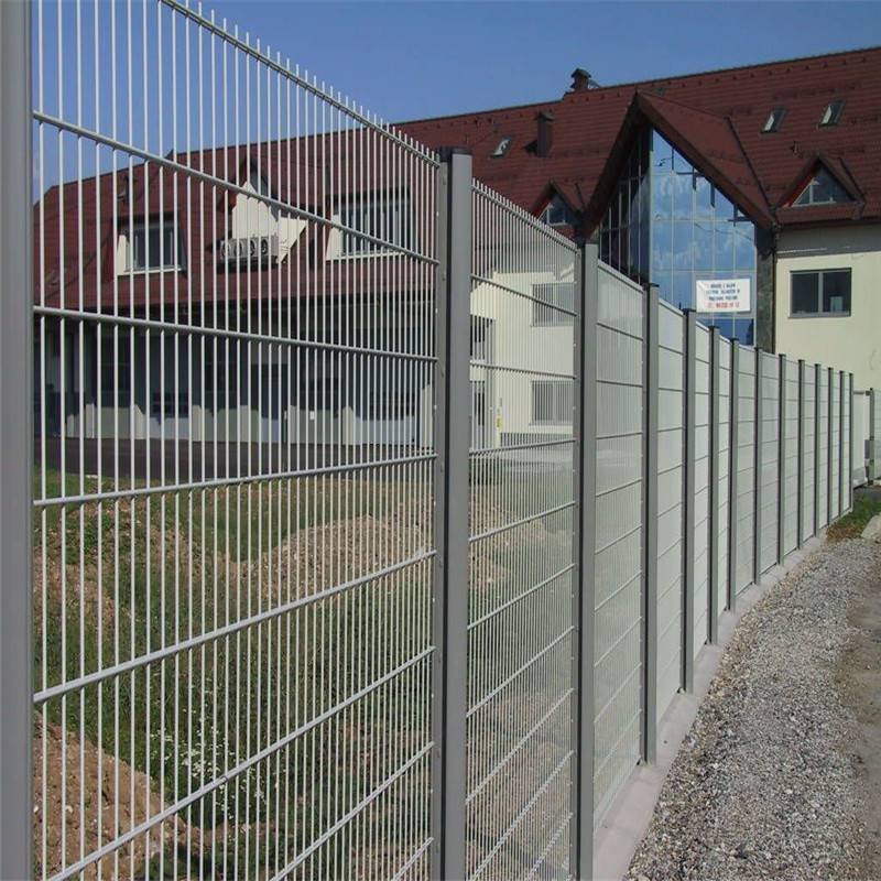养鸡护栏网批发 护栏网优点 防盗铁丝网