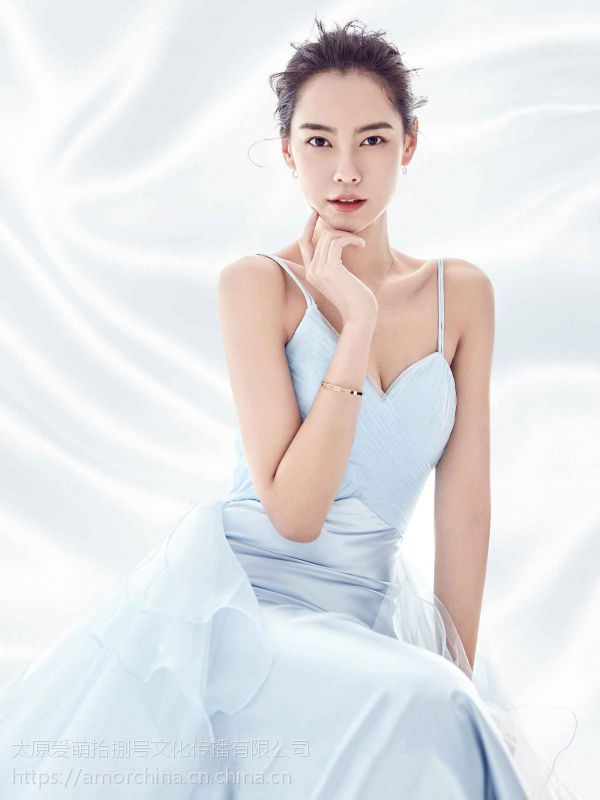 太原新娘面部卸妆法