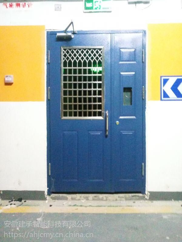 供应安徽阜阳 宿州小区钢制单元门 小区挂墙式奶报箱生产厂家