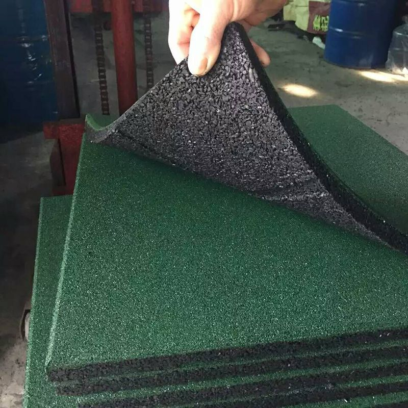 柏克体育-室外橡胶地垫、弹性安全地垫,厂家直销