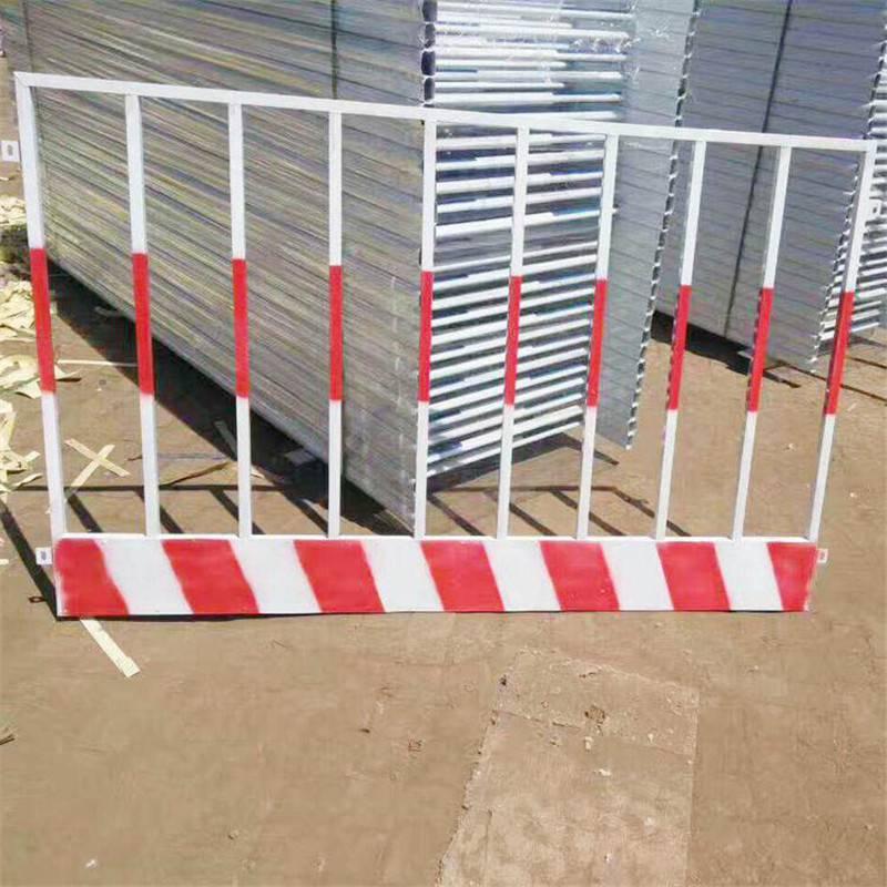 基坑护栏实体厂家 包头施工电梯门 临边楼梯洞口护栏